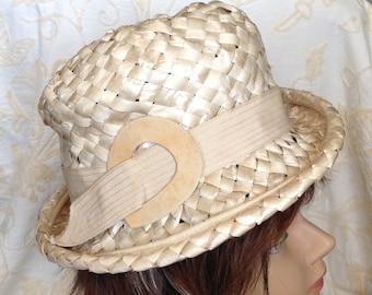Designer straw short brimmed boater hat by Lazarus cream spring summer mod retro chic fashion accessory