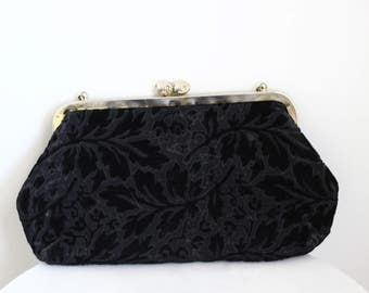 1960s black velvet floral purse // velvet evening bag // vintage purse