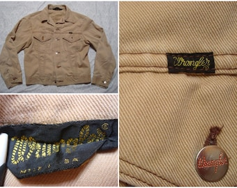Vintage Retro Men's 70's Wrangler Jean Jacket Khaki Tan 14oz Plus Denim Jacket Sanforized Small 38 Womens Medium Made in the USA
