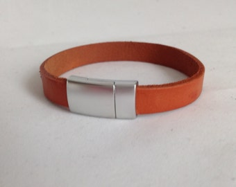 Handmade Genuine Leather Bracelet With Magnetic Clasp.