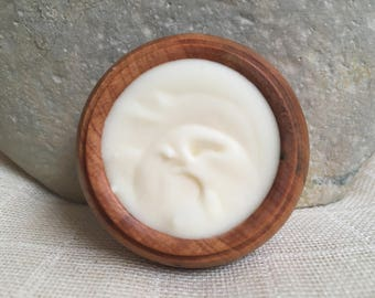 Amber Jasmine Solid Perfume by Natural Wisdom. Vegan. Alcohol and Gluten free. 100% natural.