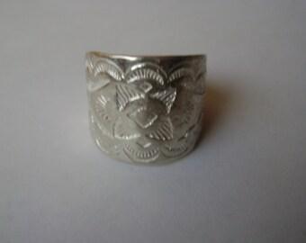 vintage Carolyn Pollack stamped sterling ring, size 9.25