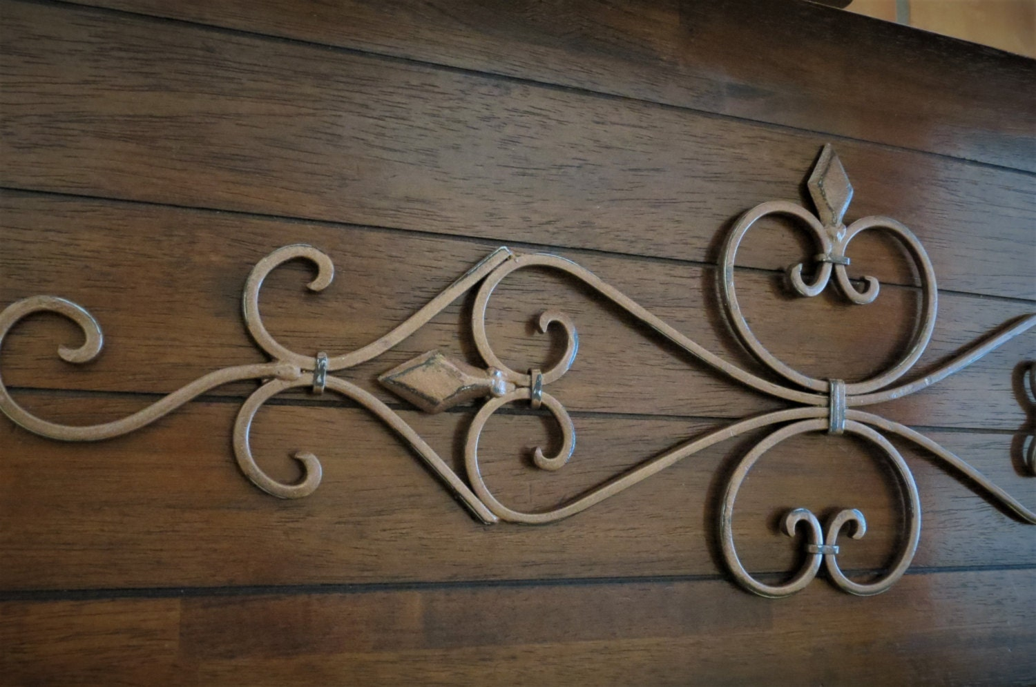 Fleur de Lis Metal Wall Decor / Scrolled Wrought Iron Wall