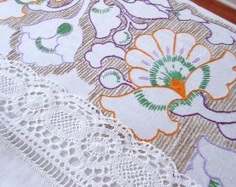 Hand Embroidered  Vintage Floral Linen Tablecloth Vintage Linens