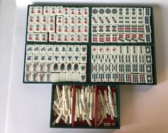 Antique MAH JONG Set Small Bone Bamboo 144 Tiles + 88 Sticks, 4 Dice w/ Case