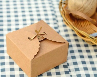 25x Natural Kraft Paper Boxes   Bomboniere Favour Box   Wedding & Party Christmas Gift Box for Chocolate Bakery Cookies Candy 9x9x6cm