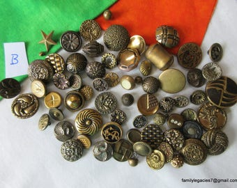0167 – 68 Brass Antique and Vintage Buttons