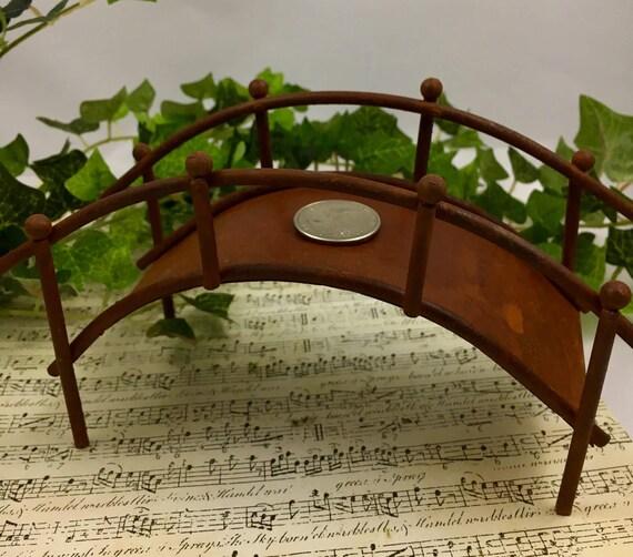 Great rusty metal bridge for fairy garden zen garden bridge for Zen garden bridge