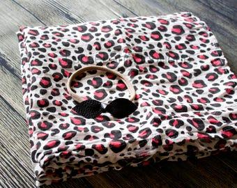 Cheetah swaddle set/Baby girl swaddle set/Newborn swaddle set/Headband set/Baby girl blanket set/Baby shower gift/Baby girl gift