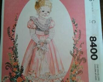 Uncut 80 McCall's girls fancy dress pattern 8400