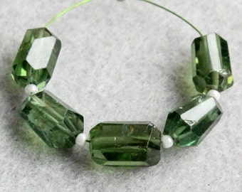 Natural Green Apatite Faceted Nugget Gemstone Beads (21040)