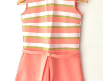 Vintage GIRLS Sleeveless 60s Retro Peach and Green Polyester Sleeveless Mod Tennis Dress
