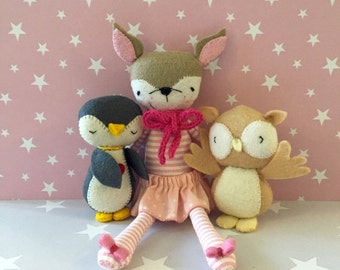 Sweet Deer - Penguin - Owl - Doll bed