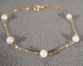 Vintage 10 K Yellow Gold Bracelet 5 Round Cultured Pearl Classic Tennis Style        #1150
