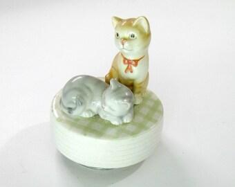 "Cat and Kitten Music Box, Vintage Otagiri Japan, ""Memory"""
