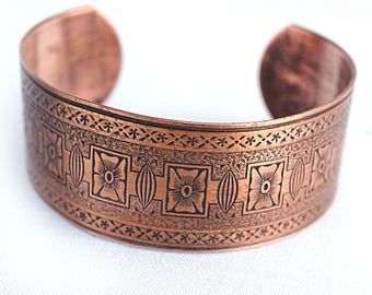Solid Copper Bracelet Wide Raw Copper Cuff Bracelet Intricate Textured Copper Etched Copper Patina Adjustable Bracelet Ethnic Tribal Pattern