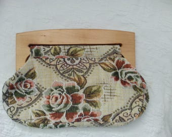 Vintage 70's tapestry handbag clutch purse with wood handles