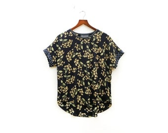 Black Floral Top, 90's Inspired, Effortless Clothing, Short Sleeve Blouse, Rock N Roll Chic, Unique Outfit, Casual Clothing / XS S M M+ L