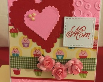 Mom Heart and Flowers Valentines Day Card V25
