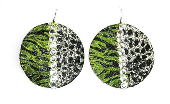 Solar eclipse - Black and Yellow rhinestone earrings - Hand painted leather earrings - Rhinestone earrings