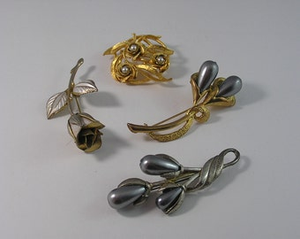 Floral Themed Gold Tone and Silver Tone Brooches for Detash or Resale