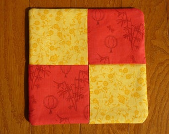 Pot Holder - Chinese Lanterns, Bamboo, and Flowers
