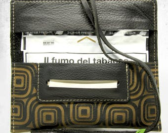 Leather tobacco pouch Black Labyrinth