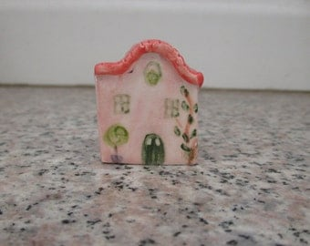 Pink Small Ceramic House,Little Clay House,Cute Fairy House,Pink House,Tiny House,Miniature Pink House,Terrarium,Shelf decor,Small village