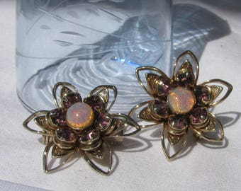 Vintage Pair of Petite Matching Brooches, Opals and Amethyst Purple Rhinestones, Highly Detailed Gold Flower Design