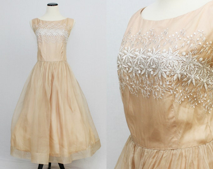 50s Peach Chiffon Embroidered Party Dress - Cupcake Full Skirt Cocktail Dress - Vintage 1950s Floral Peach Pink Evening Dress