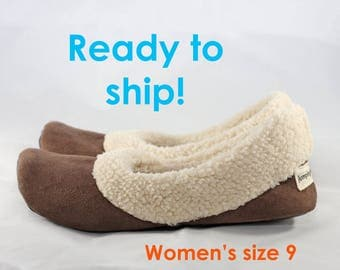Women's Slippers - Ready to Ship Women's Size 9 - Sherpa Slippers - Soft Sole Shoes - Chocolate