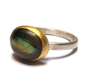 Labradorite Ring - Gold Ring - Sterling Silver Ring - Silver Ring - Gemstone ring - Free Shipping!!!
