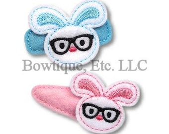 Bunny with glasses Feltie/Hair Bow Center/24 turn around time/Embroidered/Embroidery/Easter