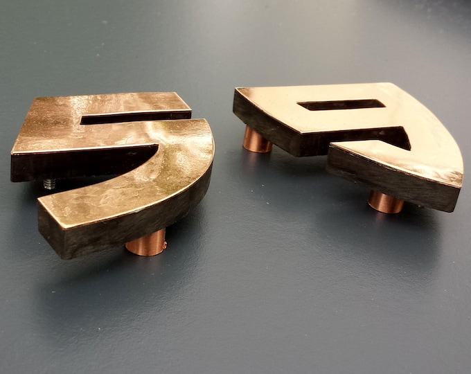 "Arts and Crafts style 4"" high floating House numbers in Bala, copper faced - Polished and  lacquered"