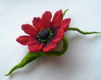 Red Brooch, Red Green Felted Wool Jewelry, Red Flower, Pin Gift,Unique Flower, Handmade