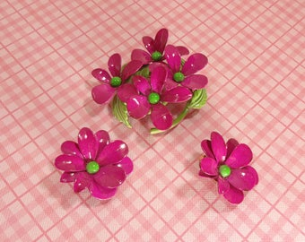 Vintage Weiss Hot Pink Daisies