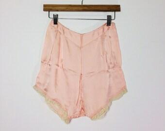 Vintage 1930s Tap Pants  / Blush Pink Lingerie / Vintage Sleep Shorts / Pink Sleepwear