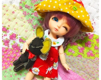 Doll clothes for Lati yellow.