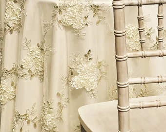 Ribbon Mesh Lace Tablecloth in Ivory - Ideal for Weddings & Bridal Events