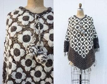 VINTAGE 1970s Flower Crochet Hippie Poncho | Pom Pom Fringe Poncho Sweater | Daisy Knit Shawl | Boho Festival Poncho | Knit Cape