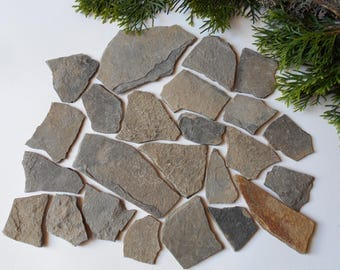 Craft Stones- set of 10 Flat Rocks- Mountain stone plates- rock plates- Beach Stone Supplies
