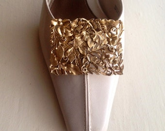 "Shoe Clips- Vintage Pair of MUSI large gold tone shoe clips - 2.5"" x 1.75"" - 1950s-60s"