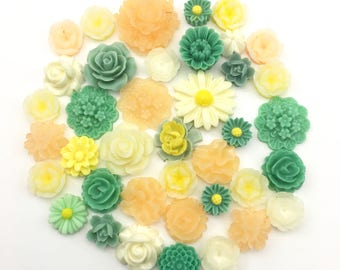 40 resin cabochon flowers ,12mm to 21mm,#FL 100