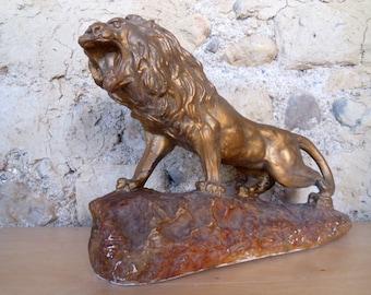 Plaster lion figurine Antique French lion statue