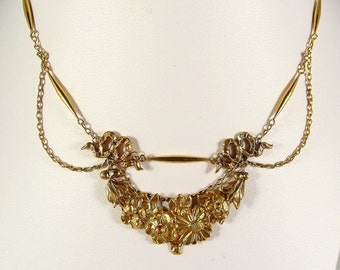 Remarkable antique French 18K solid gold necklace festoon cable chain hight decorated stamped fine gold Ca. 1890