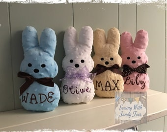 Easter Bunny Personalized,  Child's Personalized Easter Bunny, Eastwr Basket Bunny, Stuffed Marshmallow Peep, Marshmallow Bunny,