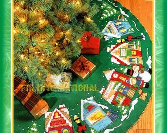 """Christmas Village ~ 43"""" Felt Tree Skirt Kit #83980 Store Church Children DIY"""