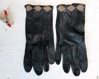 1960s Ladies Kid Skin Leather Black Driving Gloves;  Vintage Black Leather Gloves, Vintage Accessory