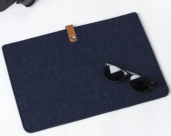 New MacBook Pro 1 - New MacBook Pro 15  Felt Sleeve - Laptop Protection - New MacBook Pro 15 Cover – New MacBook Pro 15 Case -