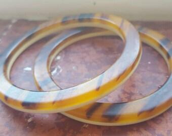 Bakelite bangles two tone Bakelite bracelets